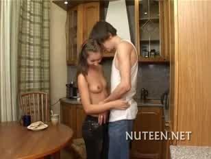 Action du porno pour le animal et feme